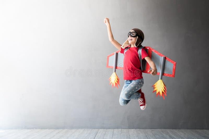 Δημιουργικής και ιδέας έννοια επιτυχίας, στοκ εικόνα με δικαίωμα ελεύθερης χρήσης