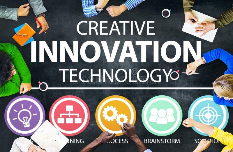 Δημιουργική έννοια έμπνευσης ιδεών τεχνολογίας καινοτομίας στοκ εικόνα με δικαίωμα ελεύθερης χρήσης