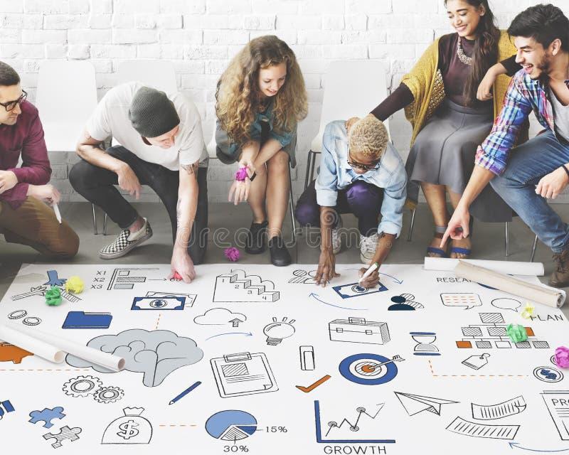 Δημιουργική έννοια συμβόλων σκέψης στρατηγικής 'brainstorming' στοκ εικόνες