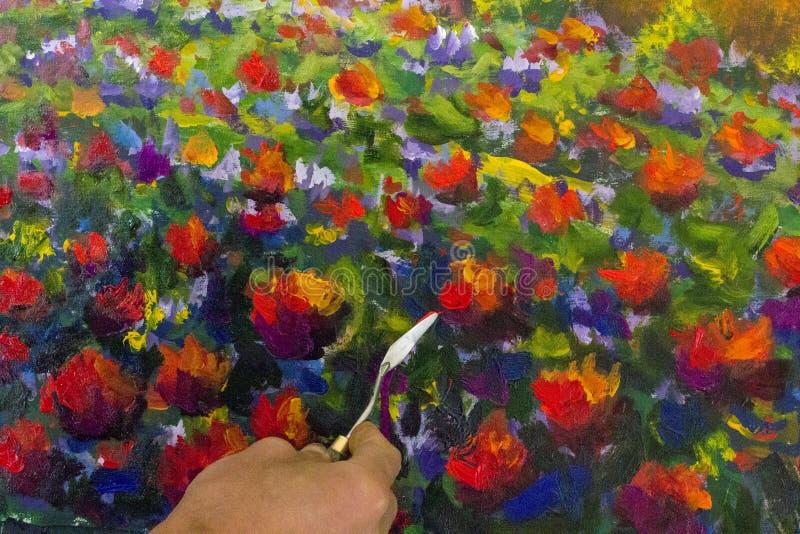 Δημιουργική διαδικασία τέχνης Ο καλλιτέχνης δημιουργεί τη ζωγραφική καρδιών στον καμβά στοκ φωτογραφία με δικαίωμα ελεύθερης χρήσης