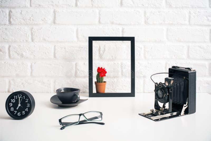 Δημιουργικός διακοσμητικός υπολογιστής γραφείου στοκ εικόνα με δικαίωμα ελεύθερης χρήσης