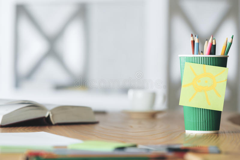 Δημιουργικός υπολογιστής γραφείου στοκ φωτογραφία με δικαίωμα ελεύθερης χρήσης