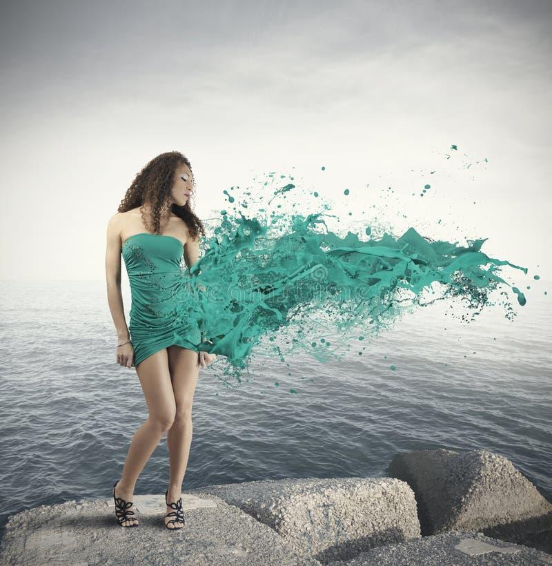 Δημιουργικό κορίτσι μόδας στοκ φωτογραφία με δικαίωμα ελεύθερης χρήσης