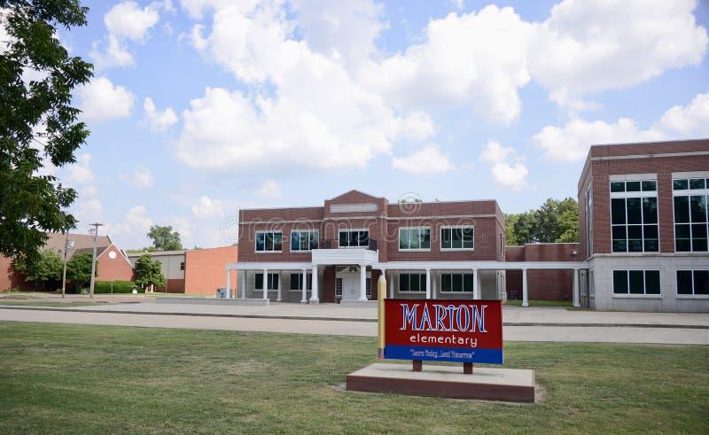 Δημοτικό σχολείο της Marion Αρκάνσας στοκ εικόνες