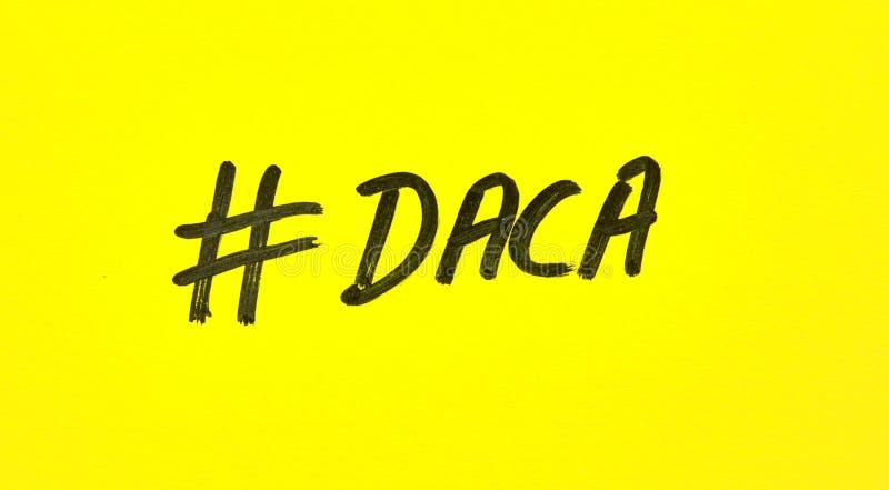 Δημοφιλές hashtag που γράφεται σε χαρτί στοκ φωτογραφίες