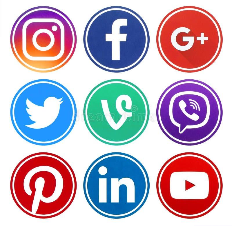 Δημοφιλή εικονίδια μέσων κύκλων κοινωνικά με το πλαίσιο στοκ φωτογραφία με δικαίωμα ελεύθερης χρήσης