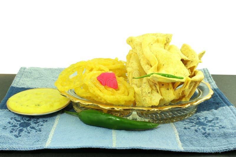 Δημοφιλές παραδοσιακό jalebi fafda πρόχειρων φαγητών gujarati ινδικό στοκ φωτογραφία με δικαίωμα ελεύθερης χρήσης