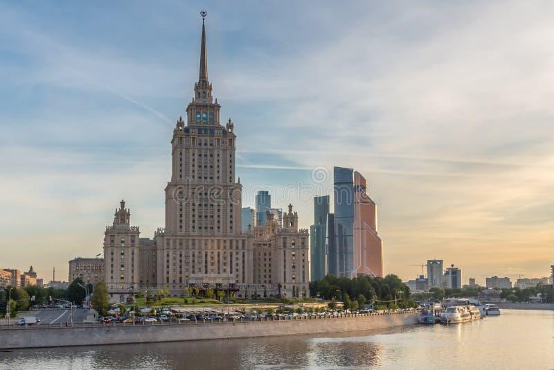 Διάσημη Μόσχα skyscrapper στοκ φωτογραφίες με δικαίωμα ελεύθερης χρήσης