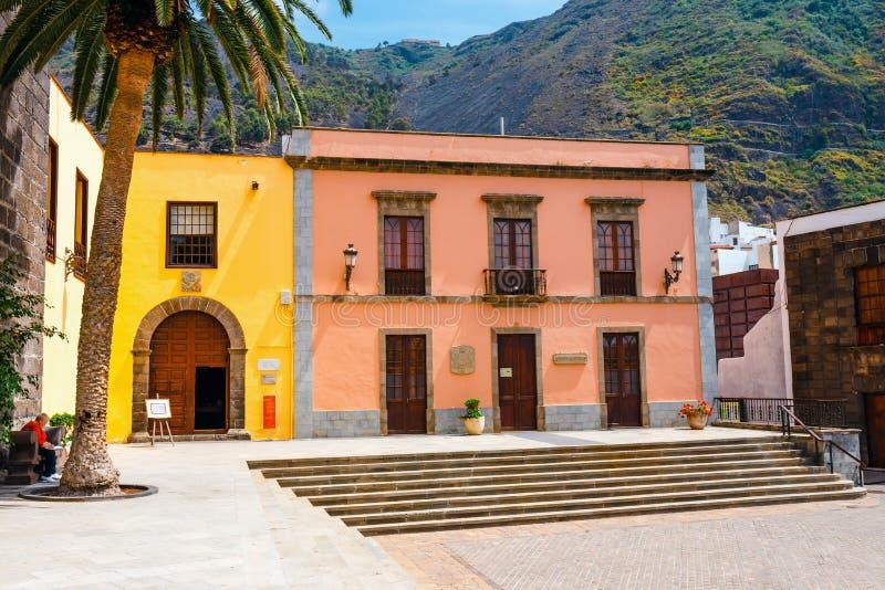 Διάσημη παραδοσιακή εκκλησία του Σαν Φρανσίσκο στο κύριο τετράγωνο Garachico της πόλης Tenerif στοκ εικόνες με δικαίωμα ελεύθερης χρήσης
