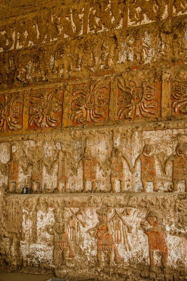 Διάσημος ναός του ήλιου και του φεγγαριού - Huaca del sol Υ luna, Trujillo, Περού στοκ εικόνα