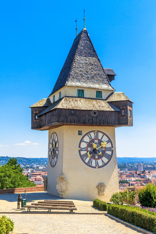 Διάσημος πύργος 'Ενδείξεων ώρασ' στο Γκραζ, Αυστρία στοκ εικόνες με δικαίωμα ελεύθερης χρήσης
