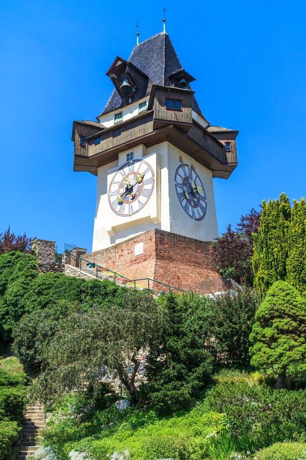 Διάσημος πύργος 'Ενδείξεων ώρασ' (Uhrturm) στο Γκραζ, Αυστρία στοκ φωτογραφία με δικαίωμα ελεύθερης χρήσης