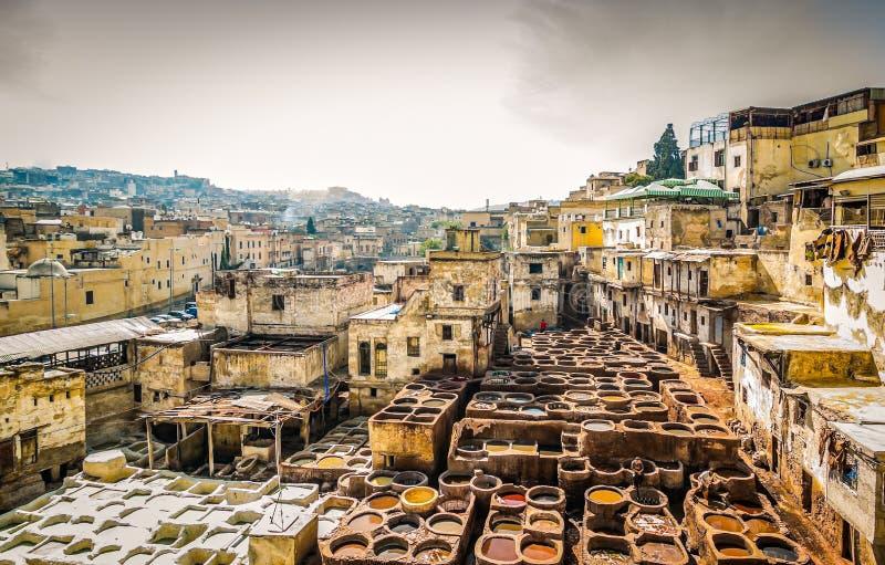 Διάσημος φλοιός δέρματος σε μαροκινό παλαιό Medina σε Fes στοκ φωτογραφία με δικαίωμα ελεύθερης χρήσης
