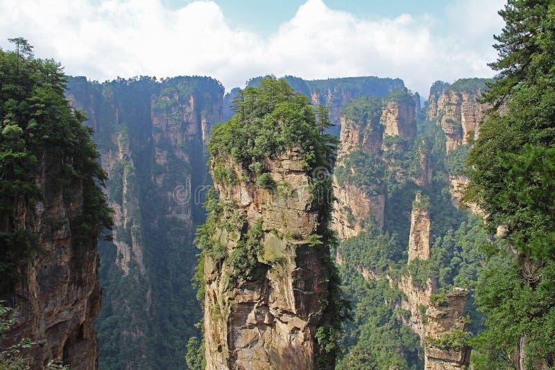 Διάσημο πάρκο εθνικών δρυμός Zhangjiajie στο επαρχία Hunan, Κίνα στοκ εικόνες