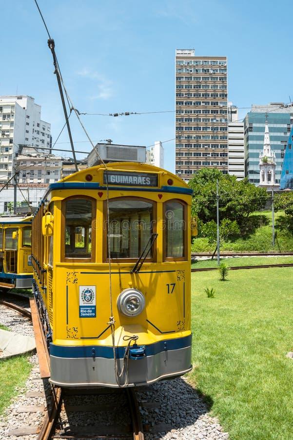 Διάσημο τραμ από Lapa στην περιοχή Santa Τερέζα, Ρίο ντε Τζανέιρο στοκ εικόνα