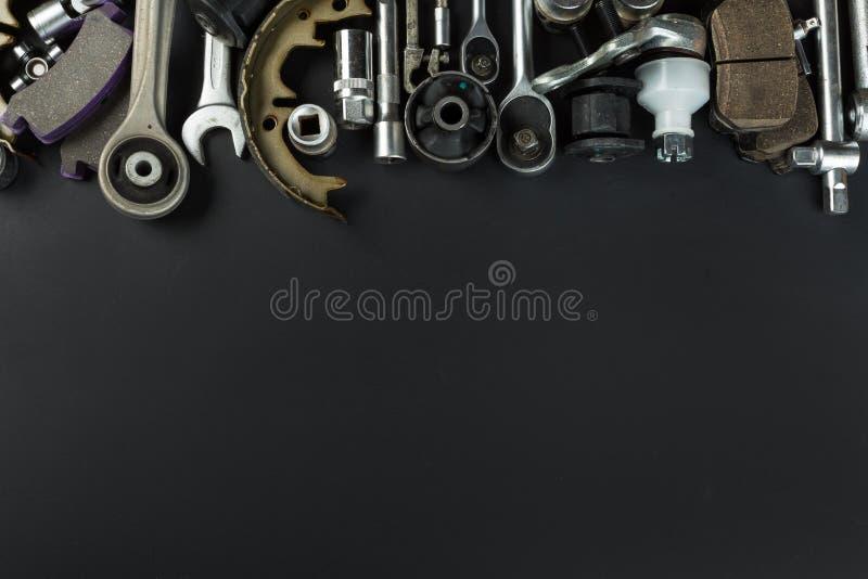 Διάφορα μέρη και εργαλεία αυτοκινήτων στοκ εικόνα με δικαίωμα ελεύθερης χρήσης