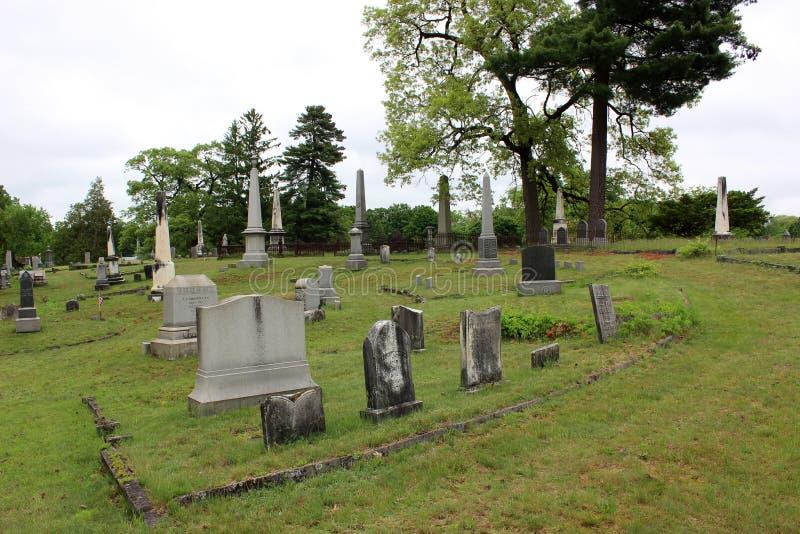 Διάφορα μεγάλα μνημεία, μαυσωλεία, και ταφόπετρες, στο μεγαλύτερο νεκροταφείο, Greenridge, Saratoga Springs, Νέα Υόρκη, 2018 στοκ φωτογραφία με δικαίωμα ελεύθερης χρήσης