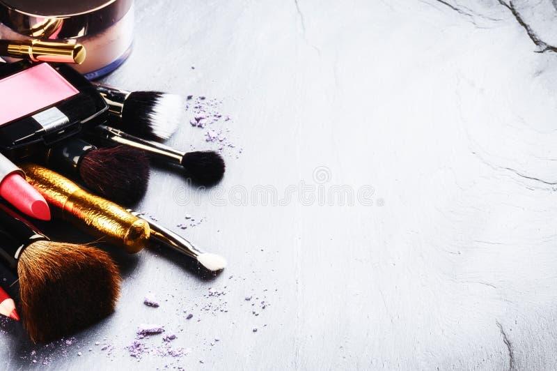 Διάφορα προϊόντα makeup στοκ φωτογραφία με δικαίωμα ελεύθερης χρήσης
