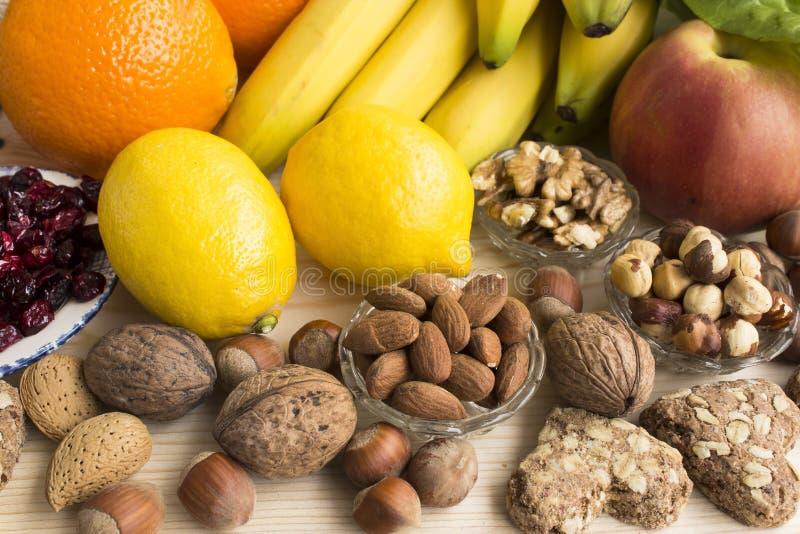 Διάφορα υγιή τρόφιμα στοκ εικόνα με δικαίωμα ελεύθερης χρήσης