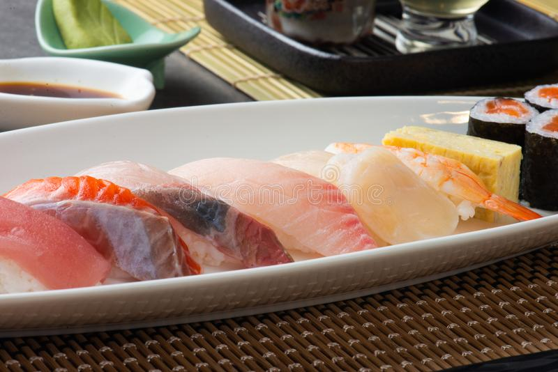 Διάφορο Sashimi σουσιών στοκ εικόνα