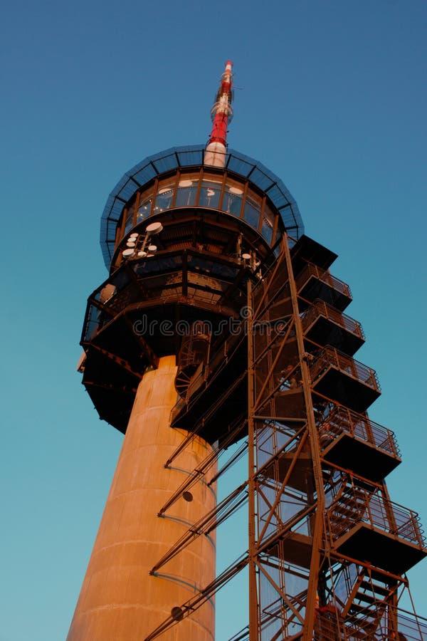 Διαβίβαση του πύργου σε Bantiger κοντά στη Βέρνη, Ελβετία στοκ εικόνα με δικαίωμα ελεύθερης χρήσης