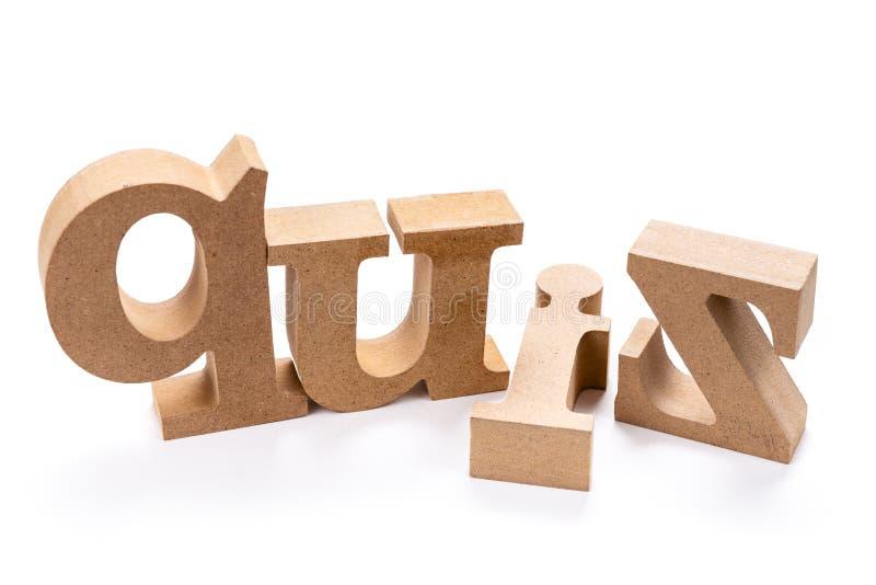 Διαγωνισμός γνώσεων το ξύλινο Word στοκ εικόνες
