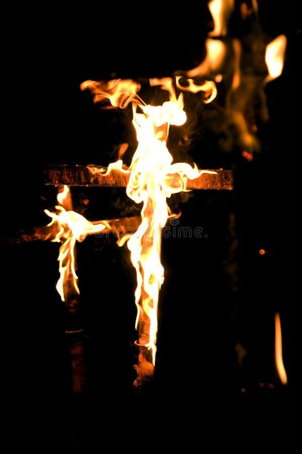 διαγώνια πυρκαγιά στοκ φωτογραφίες
