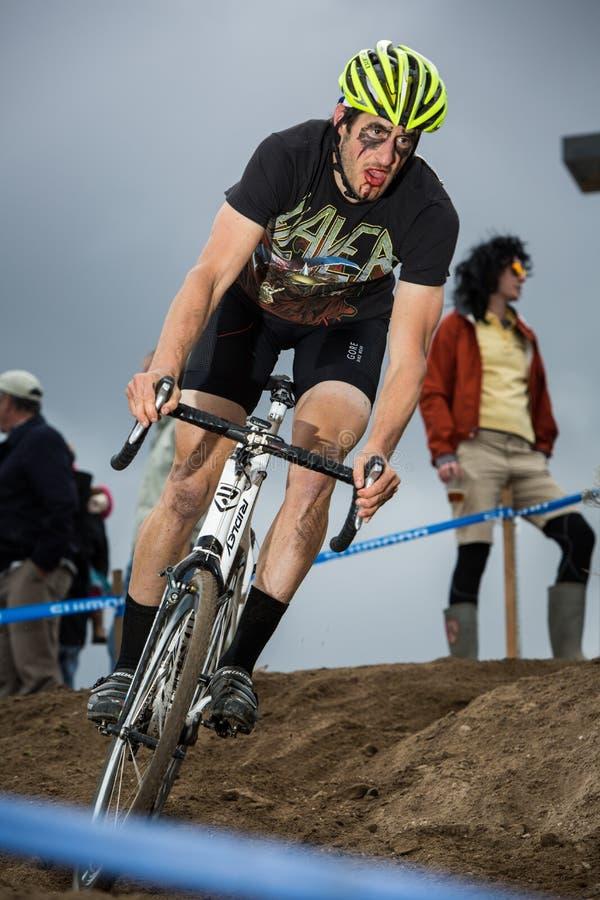 Διαγώνια σταυροφορία Cyclocross αποκριών στοκ εικόνες