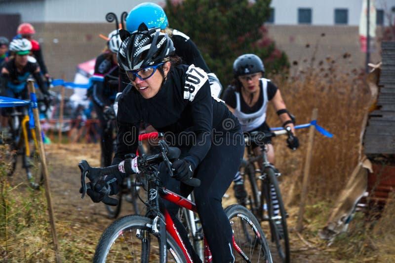 Διαγώνια σταυροφορία Cyclocross αποκριών στοκ φωτογραφία