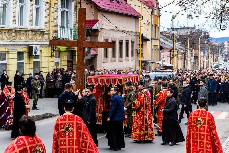 Διαγώνιος Μάρτιος που χαρακτηρίζει το σέβα της διαγώνιας Κυριακής σε Uzhgor στοκ εικόνες