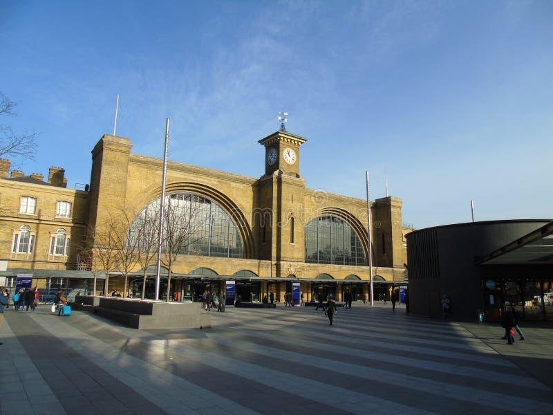 Διαγώνιος σταθμός τρένου βασιλιάδων στοκ εικόνα με δικαίωμα ελεύθερης χρήσης