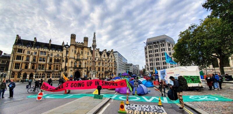 Διαδήλωση εξέγερσης της εξαφάνισης στο Λονδίνο στοκ εικόνες