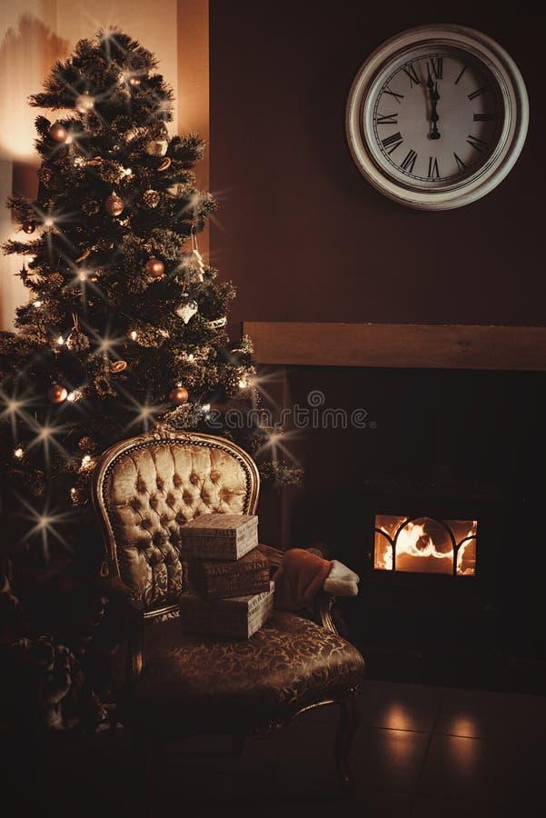 διακοπές δώρων Παραμονής Χριστουγέννων πολλές διακοσμήσεις στοκ φωτογραφία με δικαίωμα ελεύθερης χρήσης