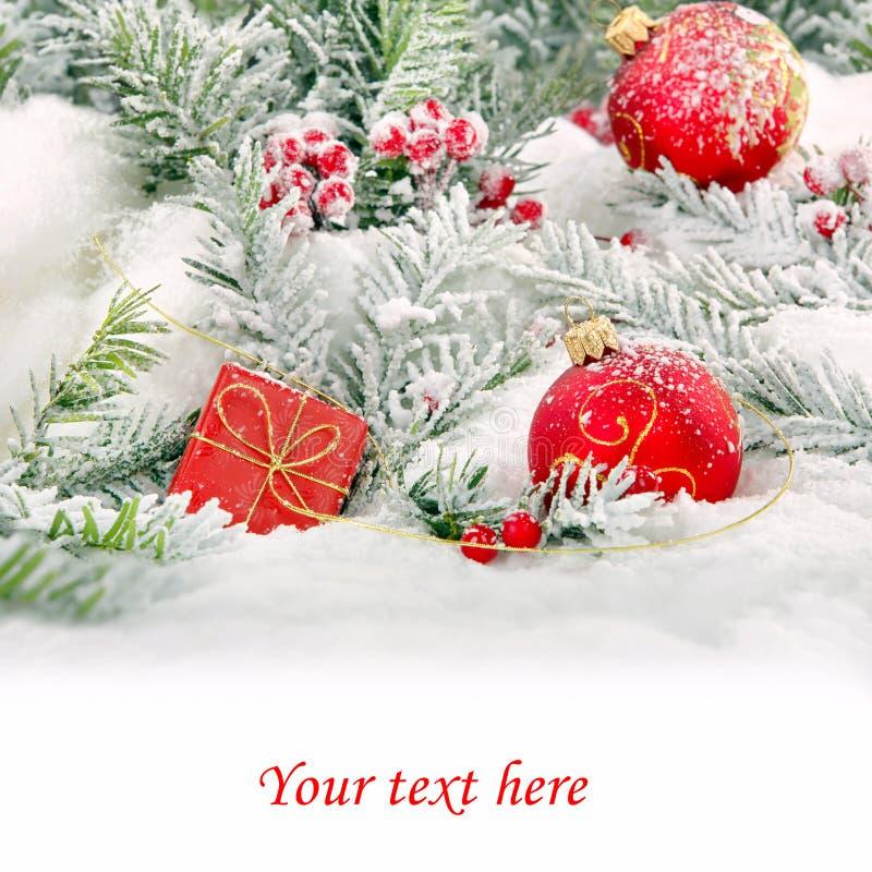 Διακοσμήσεις χιονιού Χριστουγέννων με το κενό άσπρο διάστημα για το κείμενο στοκ εικόνα