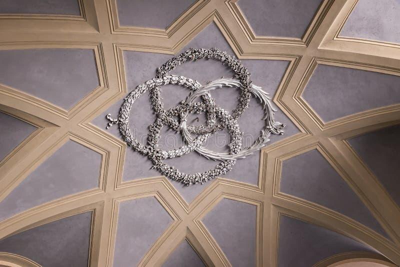 Διακοσμημένος υπόγειος θάλαμος της Royal Palace Caserta στοκ εικόνα