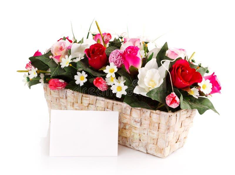 Διακοσμημένο καλάθι λουλουδιών στοκ φωτογραφία