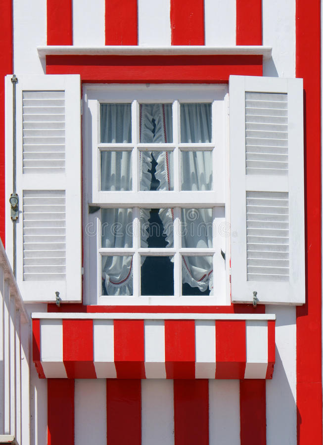 διακοσμημένο πλευρά χαρακτηριστικό παράθυρο Nova στοκ εικόνα με δικαίωμα ελεύθερης χρήσης