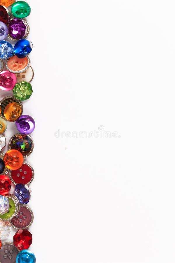 Διακοσμητικά ζωηρόχρωμα εκλεκτής ποιότητας ράβοντας κουμπιά κουμπιών ή λευκώματος αποκομμάτων στοκ φωτογραφία