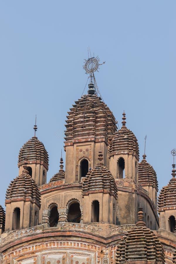 Διακοσμητικές λόγχες πάνω από τον ινδό ναό, Ινδία στοκ εικόνες με δικαίωμα ελεύθερης χρήσης
