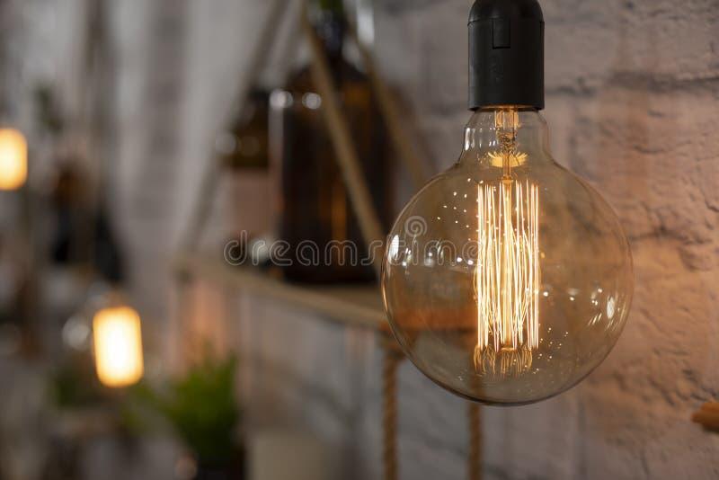 Διακοσμητική του Edison Incandescent λάμπα φωτός στοκ φωτογραφίες