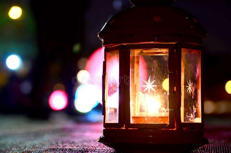 Διακοσμητικό πολύχρωμο φανάρι στοκ φωτογραφία