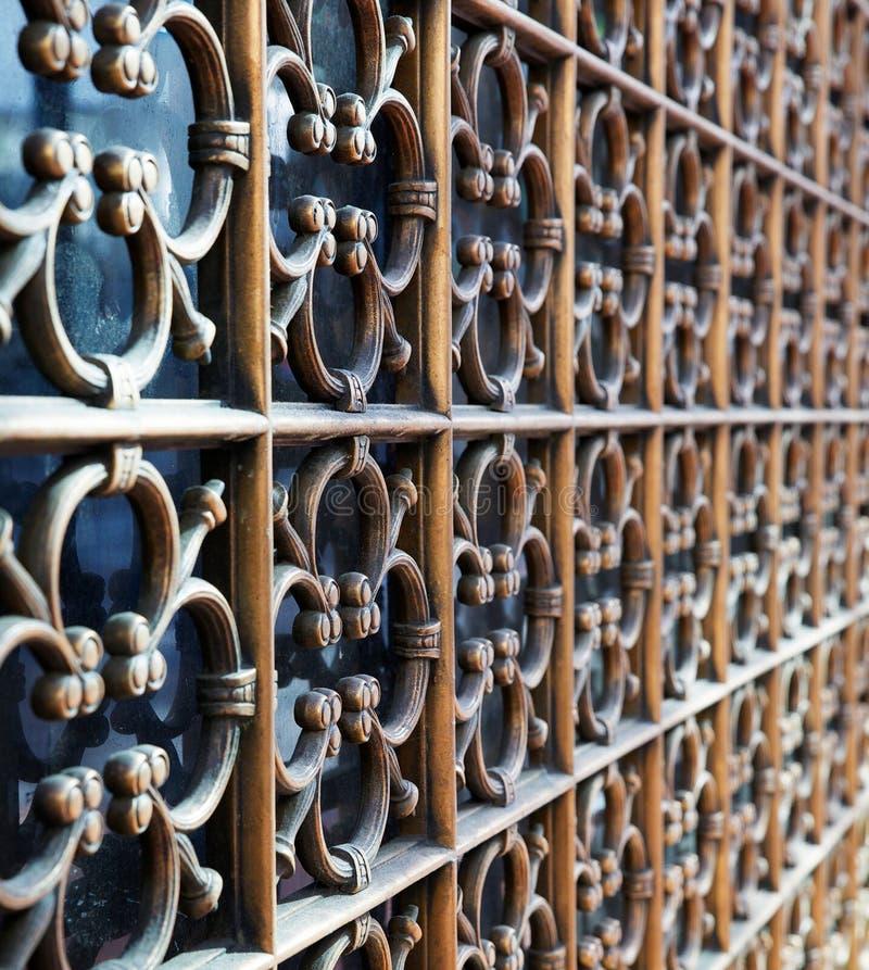 Διακόσμηση ορείχαλκου παραθύρων στοκ εικόνες