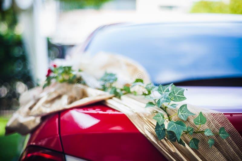 Διακόσμηση λουλουδιών στο αυτοκίνητο στοκ φωτογραφία με δικαίωμα ελεύθερης χρήσης