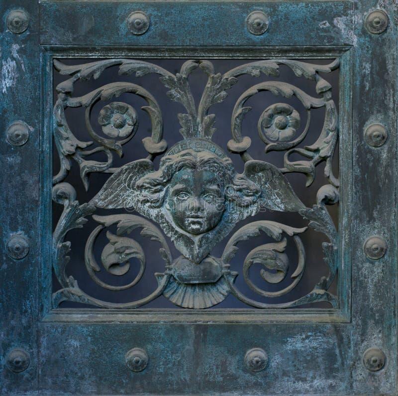 Διακόσμηση πορτών (λουλούδι κινητήριο) στοκ φωτογραφίες