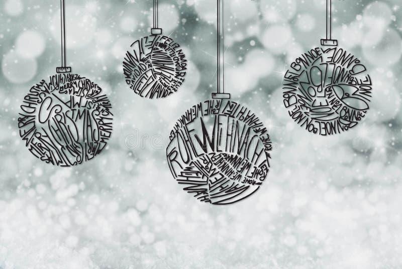 Διακόσμηση σφαιρών χριστουγεννιάτικων δέντρων, γκρίζο λαμπιρίζοντας υπόβαθρο στοκ εικόνα με δικαίωμα ελεύθερης χρήσης