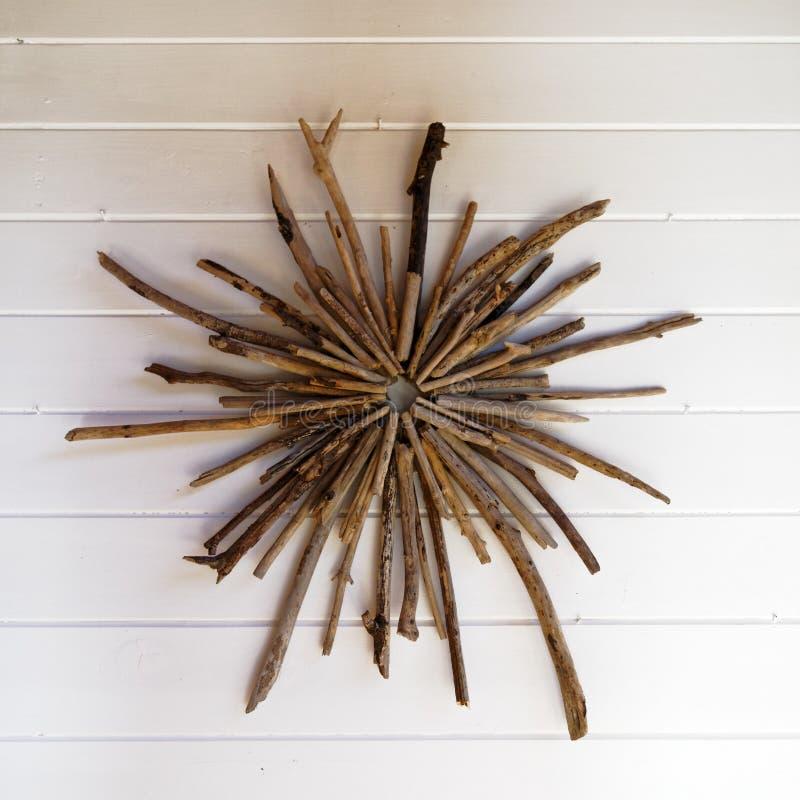 Διακόσμηση τοίχων που γίνεται από το driftwood στοκ φωτογραφία με δικαίωμα ελεύθερης χρήσης
