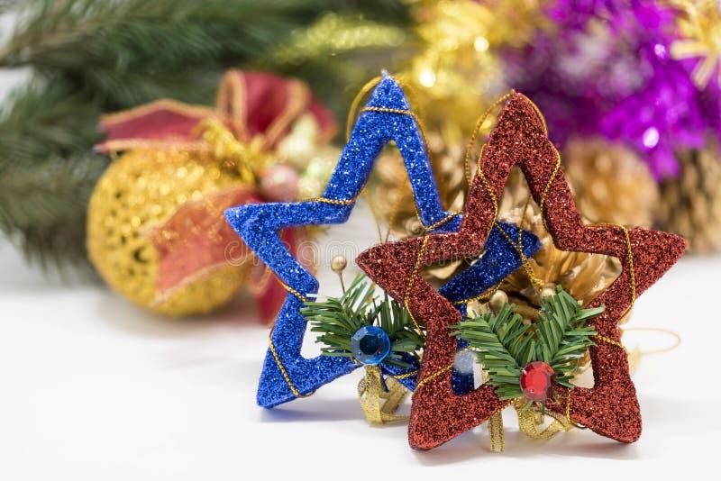 Διακόσμηση Χριστουγέννων στην αφηρημένη ανασκόπηση στοκ εικόνες με δικαίωμα ελεύθερης χρήσης