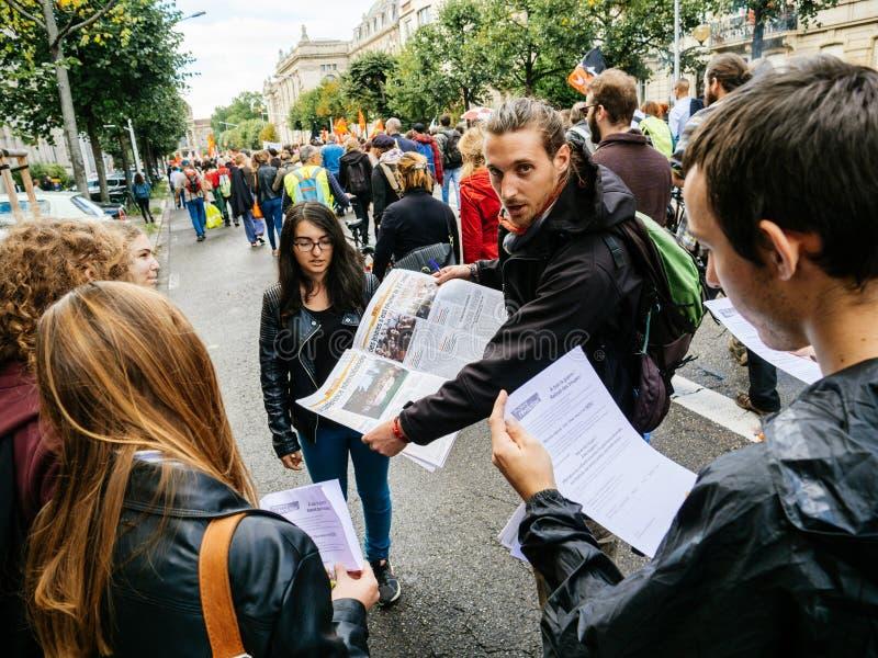 Διαμαρτυρίες στη Γαλλία ενάντια στα προφανή ιπτάμενα μεταρρυθμίσεων Macron στοκ φωτογραφίες με δικαίωμα ελεύθερης χρήσης