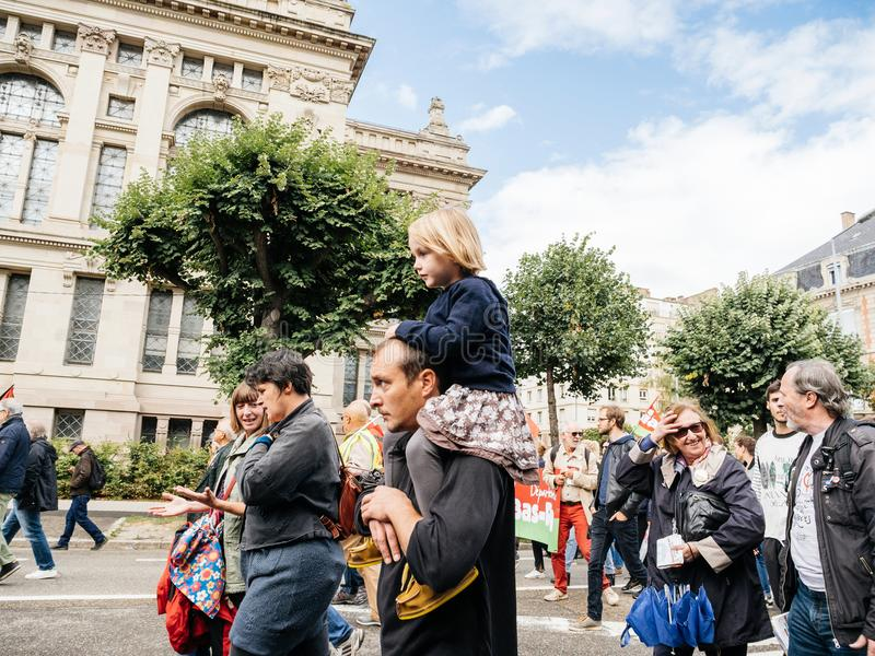 Διαμαρτυρίες στη Γαλλία ενάντια στον πατέρα και την κόρη μεταρρυθμίσεων Macron στοκ εικόνα με δικαίωμα ελεύθερης χρήσης