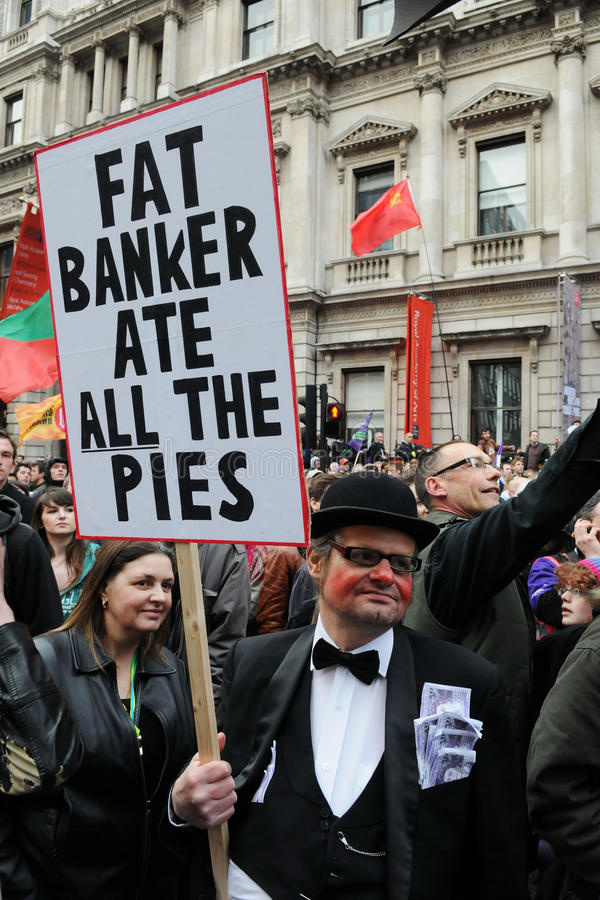 Διαμαρτυρόμενος αντι-αποκοπών στο Λονδίνο στοκ φωτογραφίες με δικαίωμα ελεύθερης χρήσης